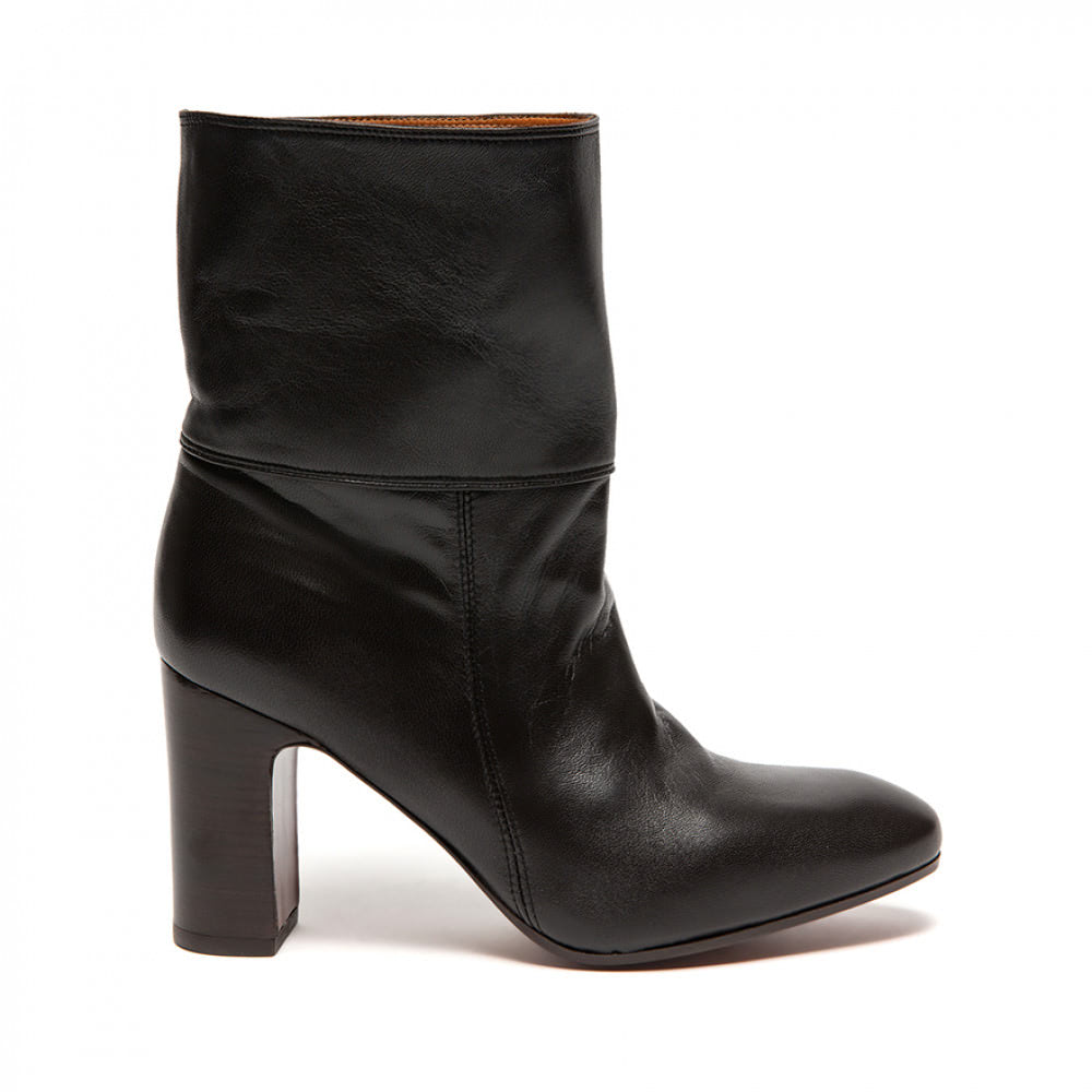 Chie Mihara, Enista, 382€ -50%